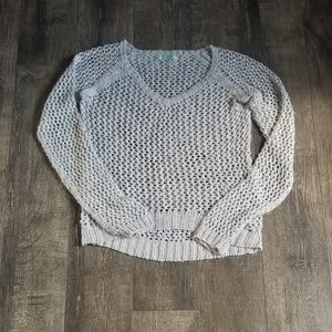 MAURICES LARGE LIGHT GRAY WITH SPARKLES SWEATER